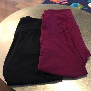 Set of 2 Cropped workout pants size XXL